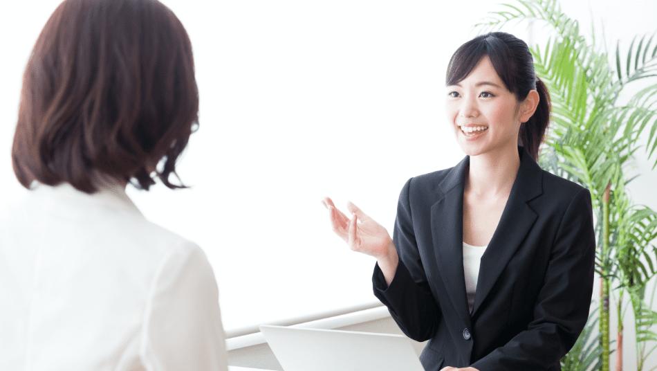 臨床心理士、公認心理師などの心理カウンセラー等専門職が、所定の場所に定期的に訪問し、カウンセリングを提供します。